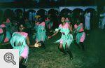 Tak bawią się wieczorami mieszkańcy Kampali.